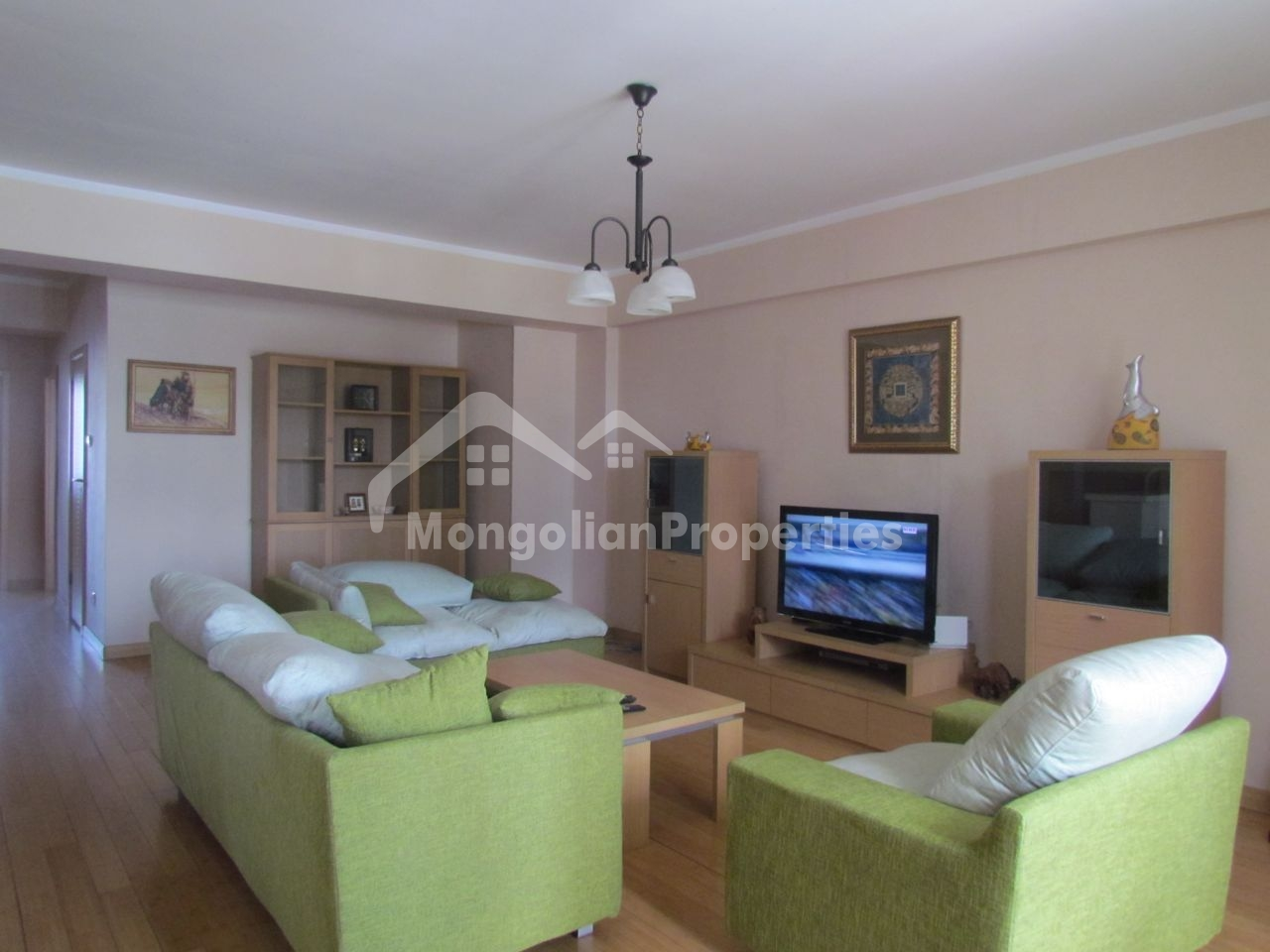 Perfect location, Spacious 3 bedroom apartment is for rent at Park View Residence