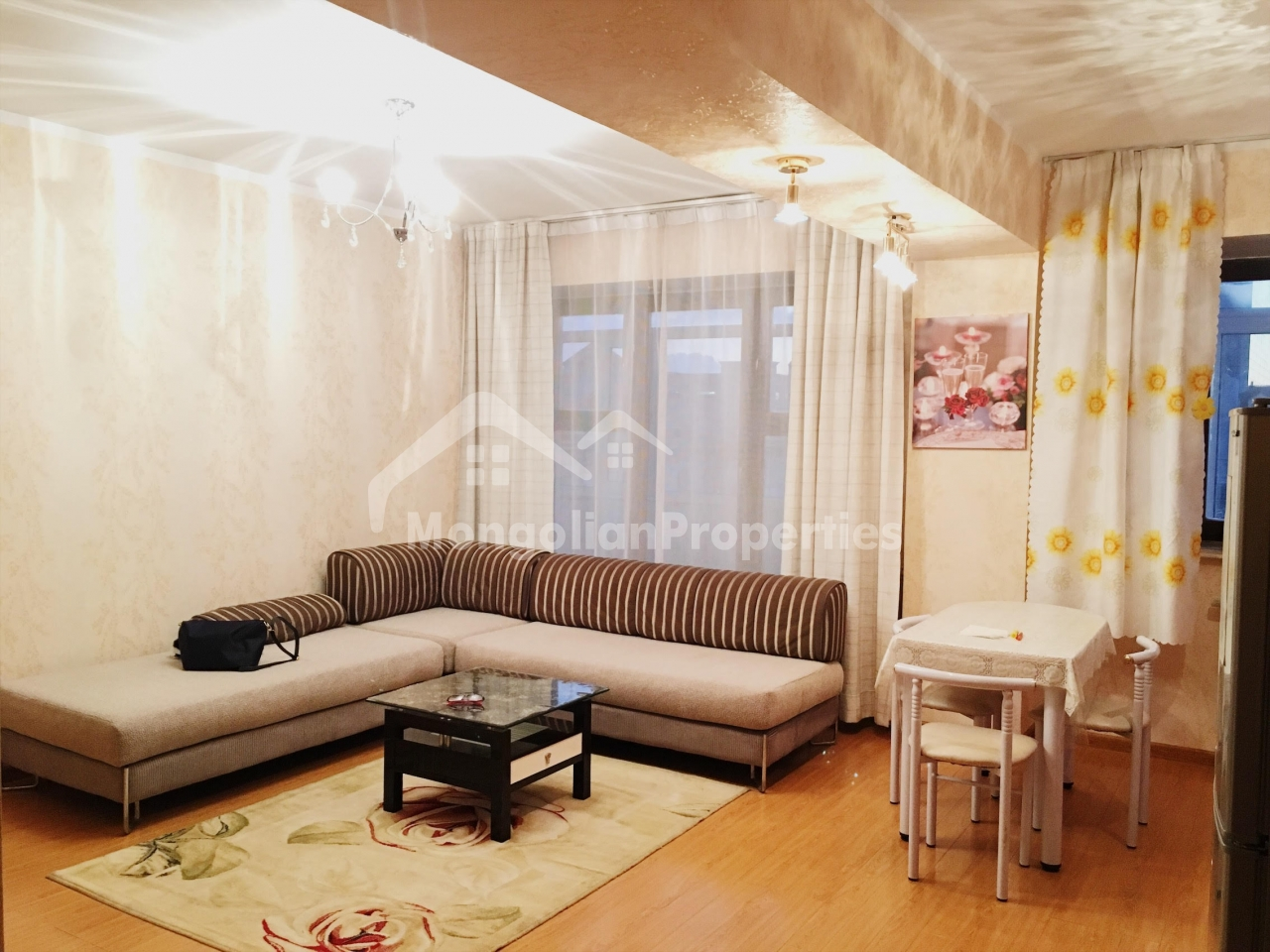 FOR RENT :COZY 1 BEDROOM APARTMENT NEXT TO THE STATE DEPARTMENT STORE