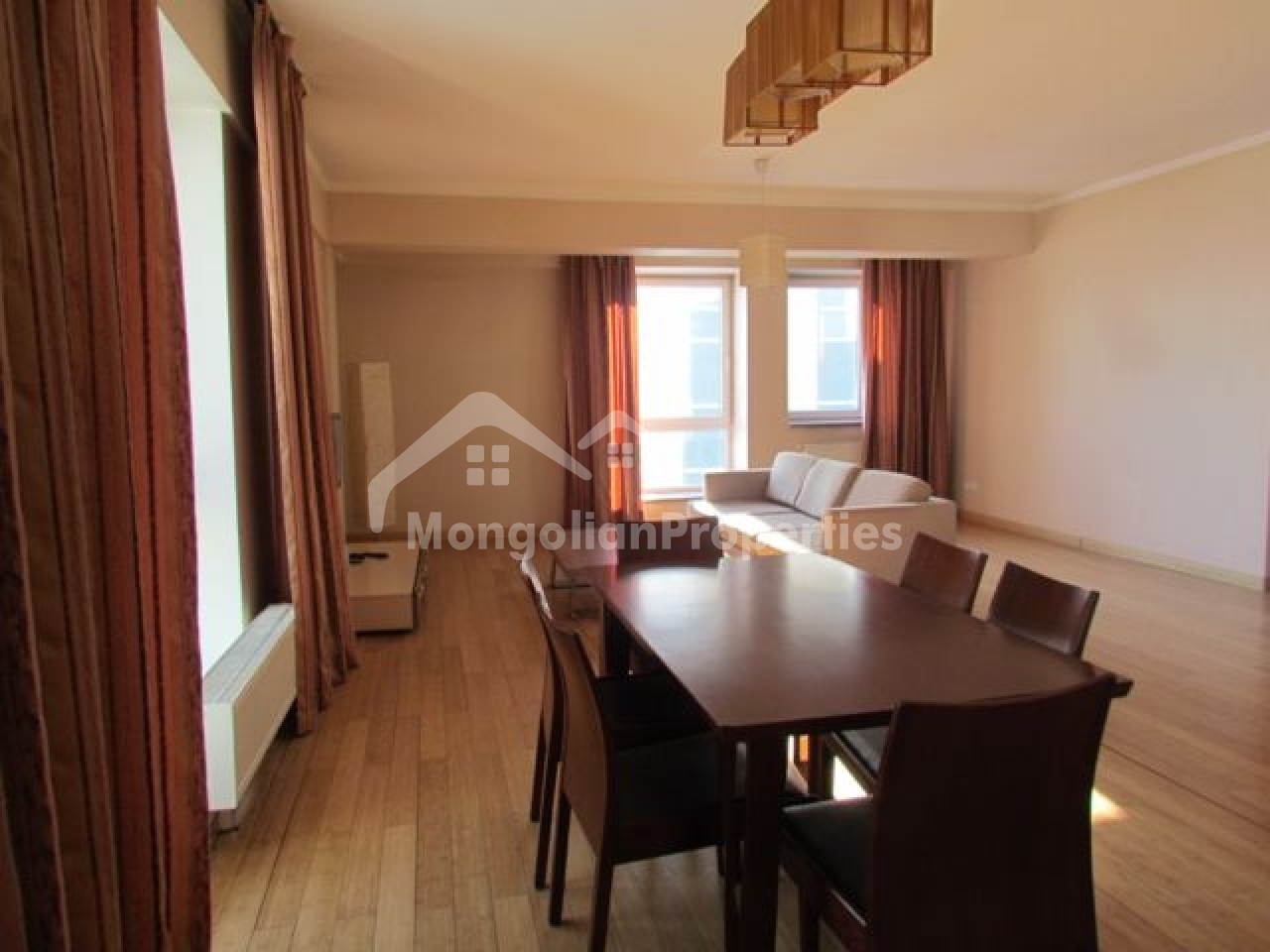 Investment Opportunity! Hearth of the city, Beautiful 3 bedroom apartment for sale in Park View Residence