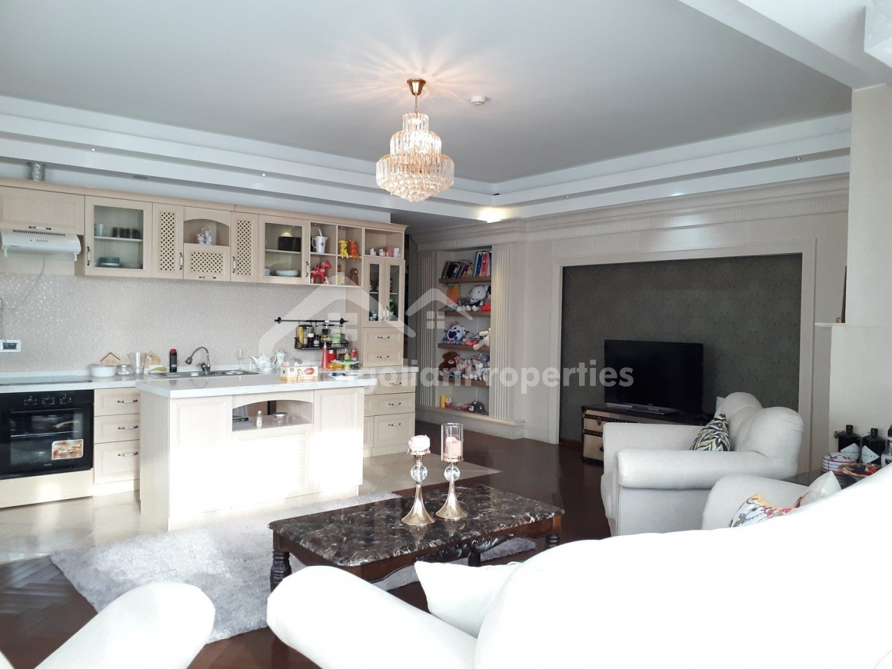 FOR RENT:  3 BEDROOM AT