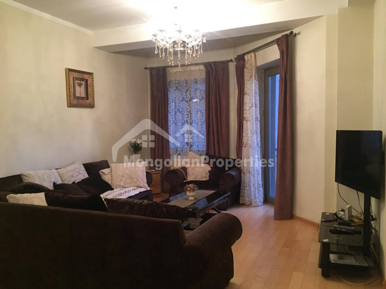 Comfortable 3 bedroom apartment is for rent at Regency Residence