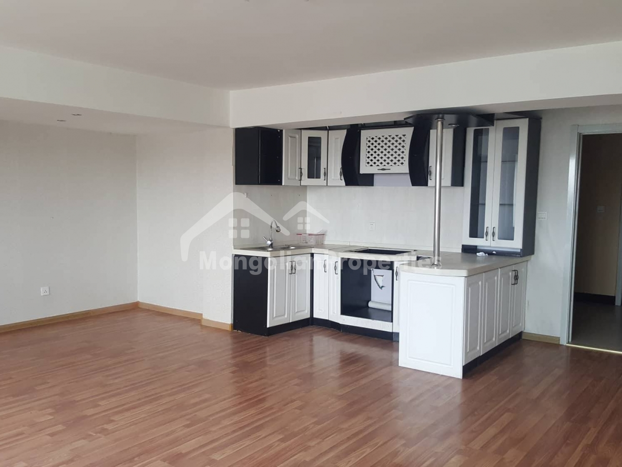 FOR SALE: 1 BEDROOM new APARTMENT/4r KHOROOLOL