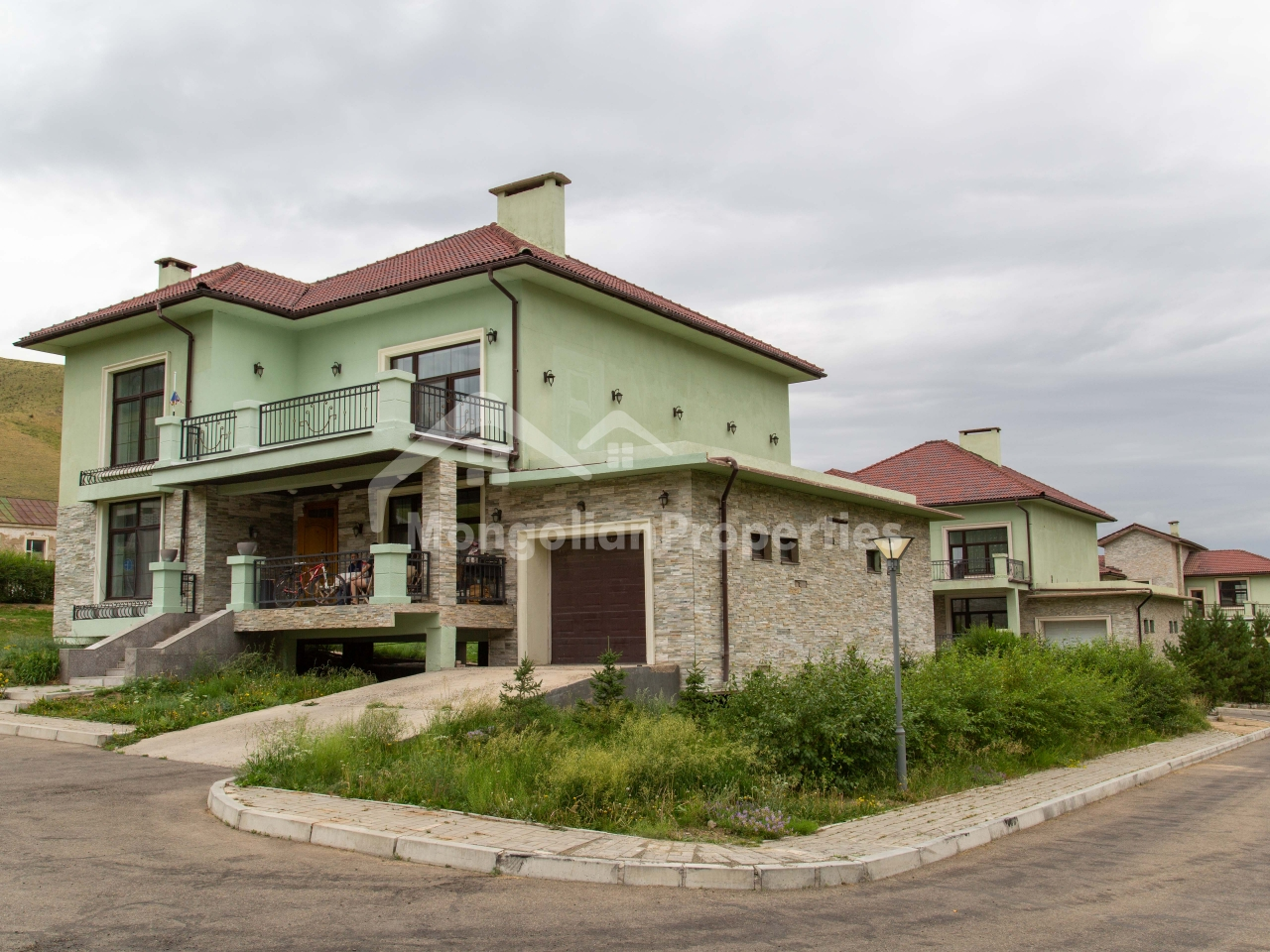 FOR SALE: Beautiful single house at Baga Tenger Valley
