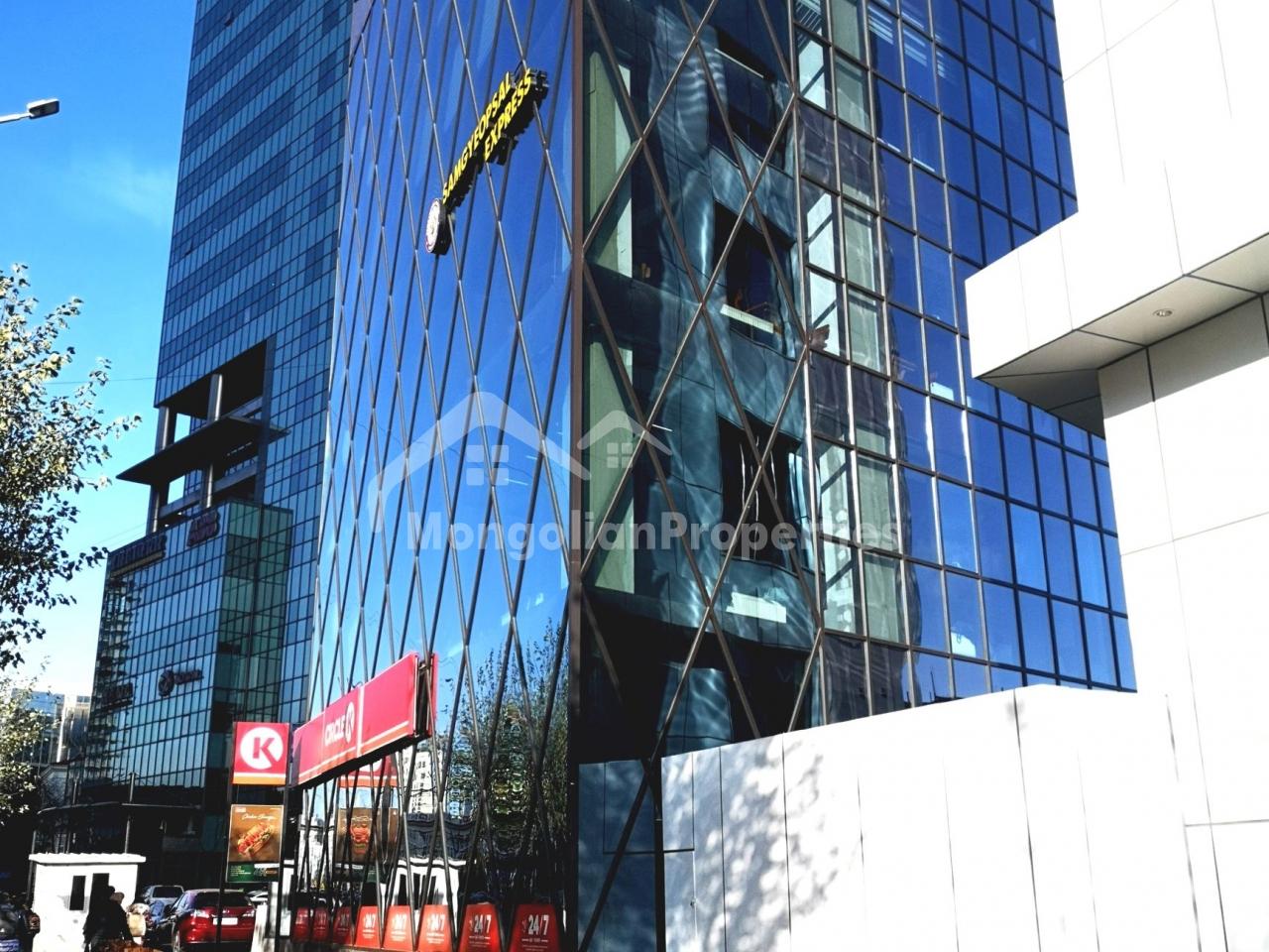 CBD, prestige office overlooking city center is for rent (150-350 sq.m)