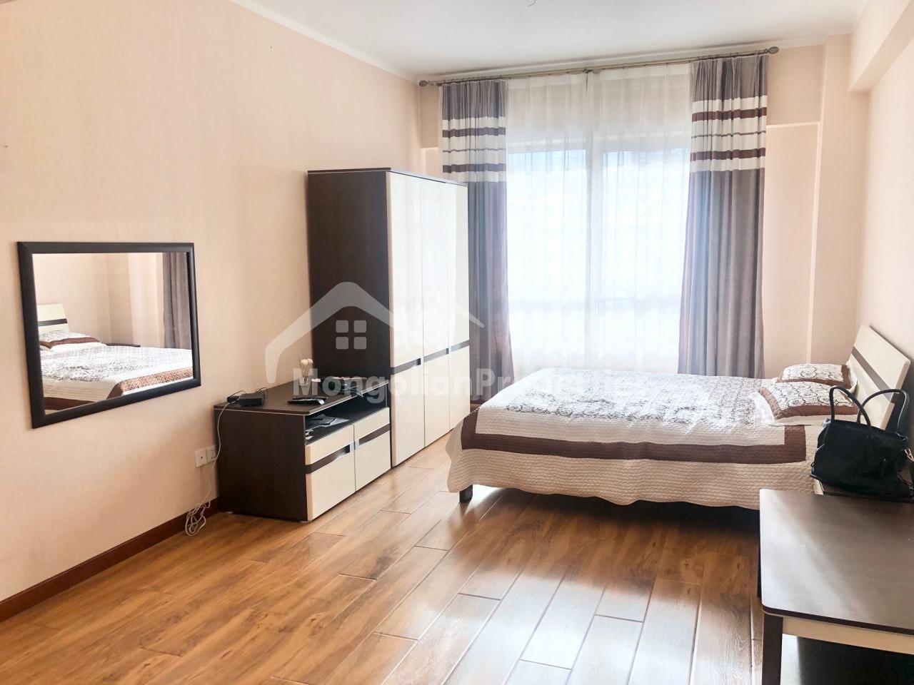 spacious 3 bedroom apartment for sale at Tescoma Zaisan