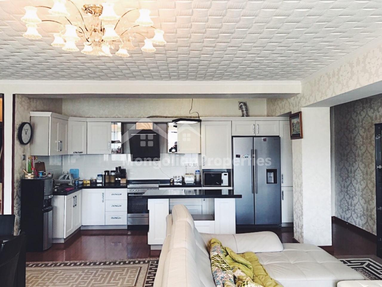 FOR SALE: 300sqm duplex apartment at Jargalan Khotkhon