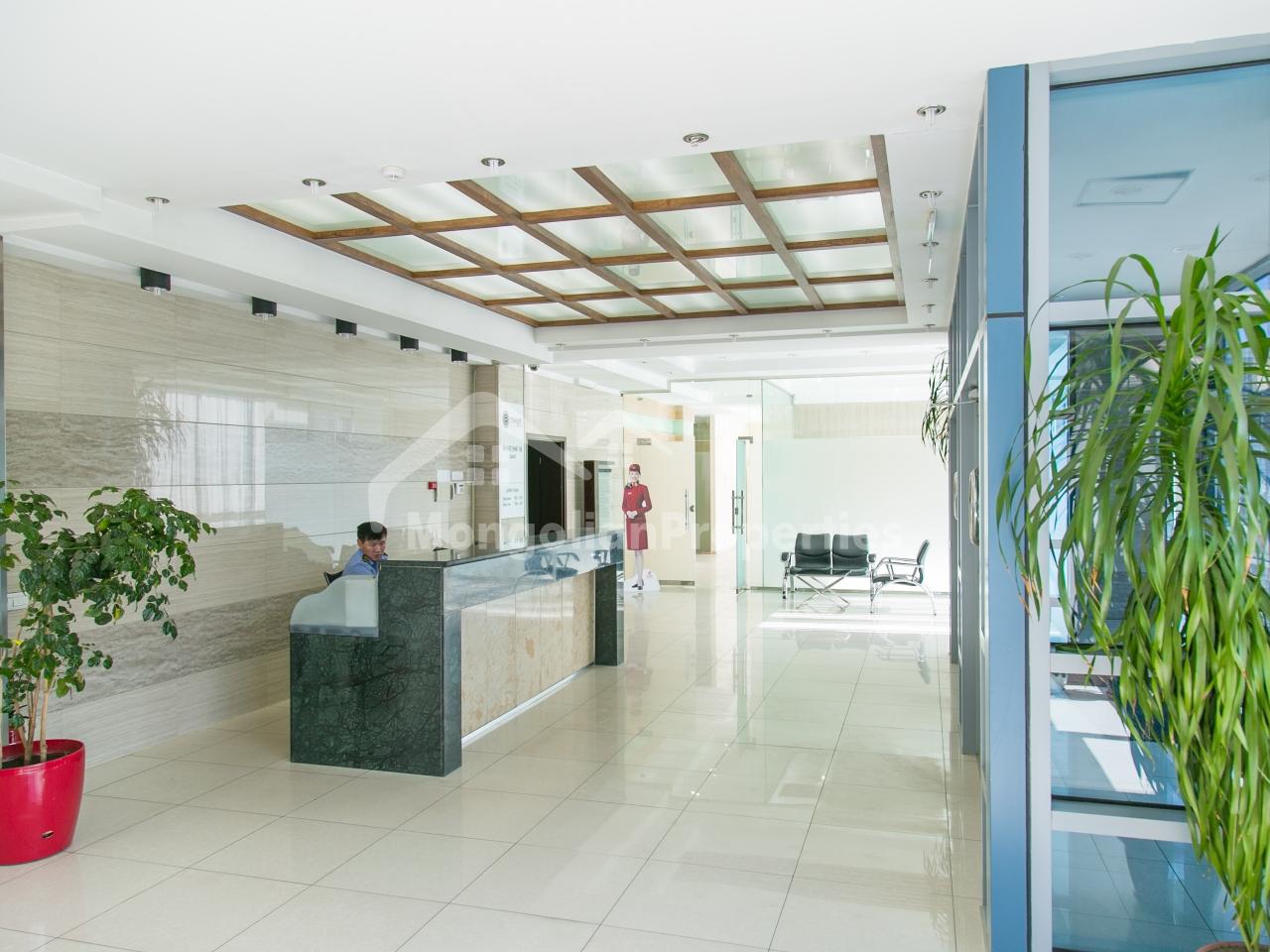 COMMERCIAL space for RENT: Prime location Commercial space for rent very reasonable price.  Зам дагуу маш сайн байршилтай үйлчилгээний талбай яаралтай , хямд түрээслүүлнэ