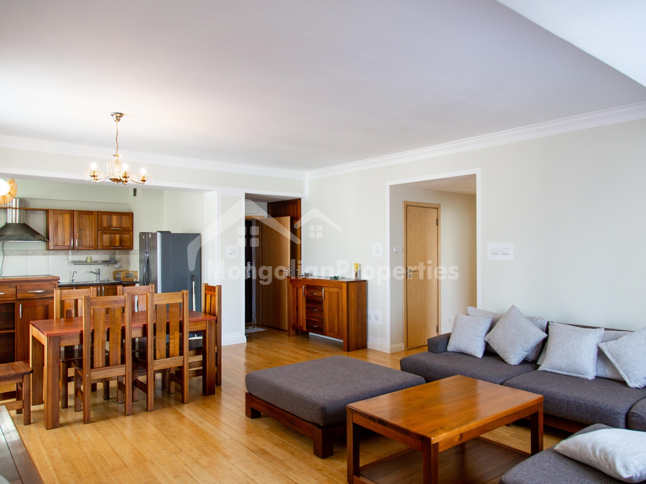 Beautiful 2 bedroom apartment is for rent in the hearth of the city at Park View Residence