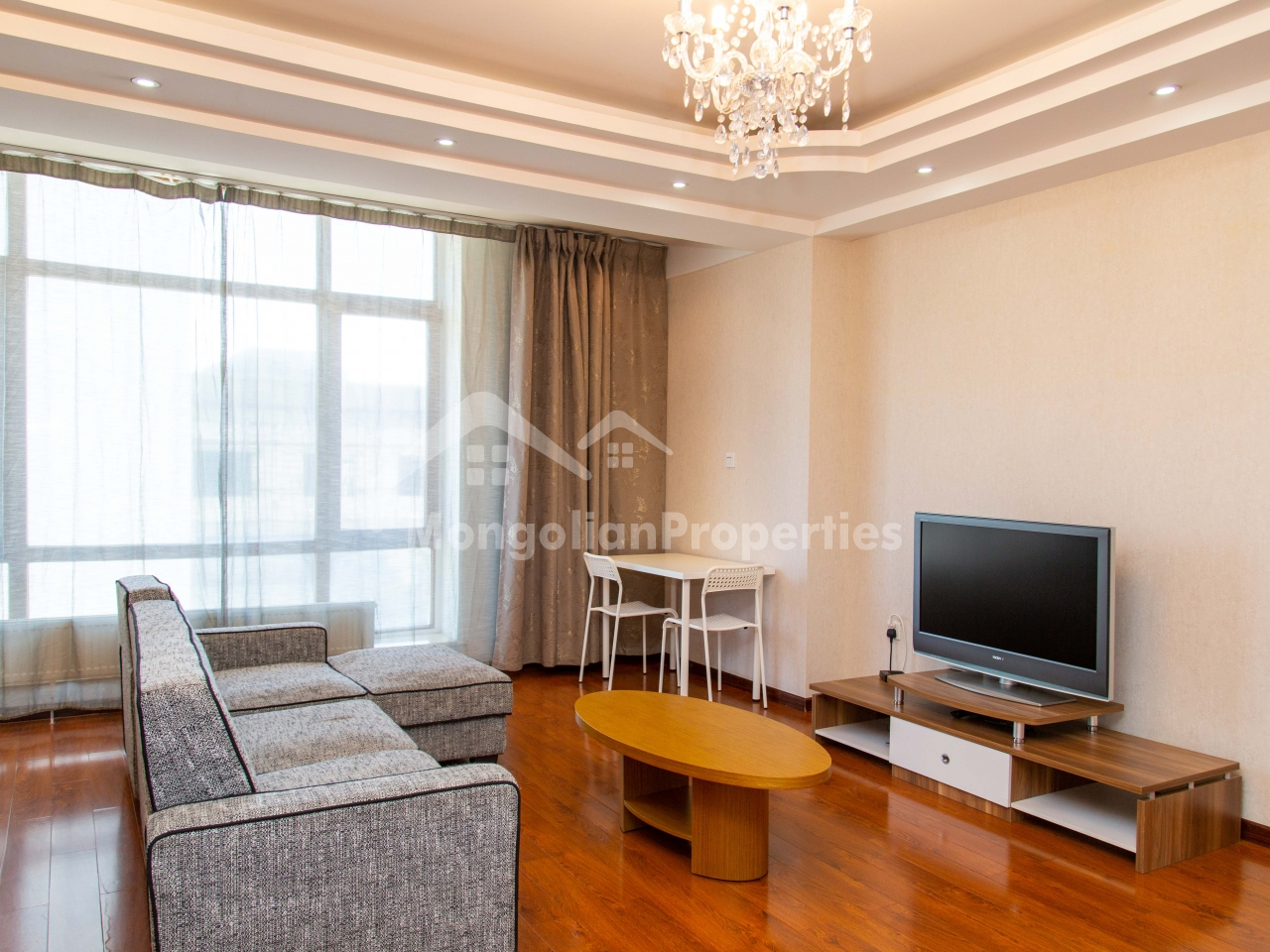 Spacious 1 bedroom apartment is for rent at the Elite tower