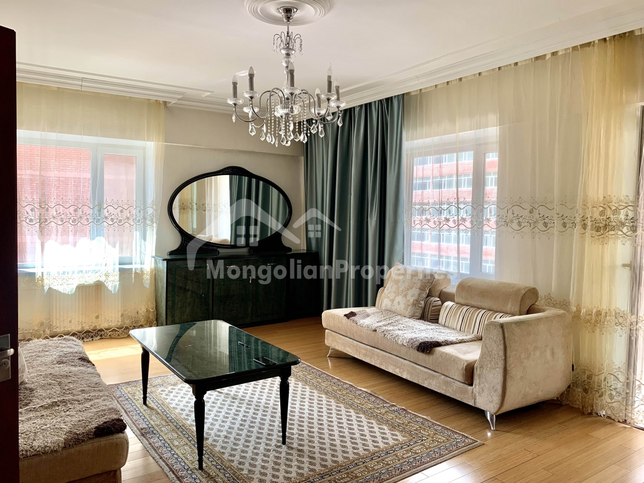 For rent: Comfortable, Fully furnished 5 room apartment at Rapid town