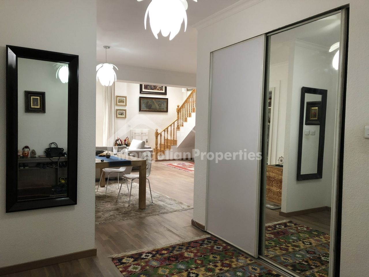 A stunning 4 bedroom duplex apartment
