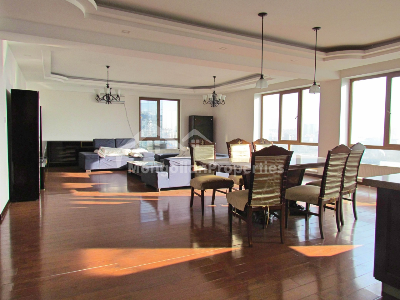 FOR RENT: COZY AND BEAUTIFUL 5-BDR APARTMENT AT ELITE