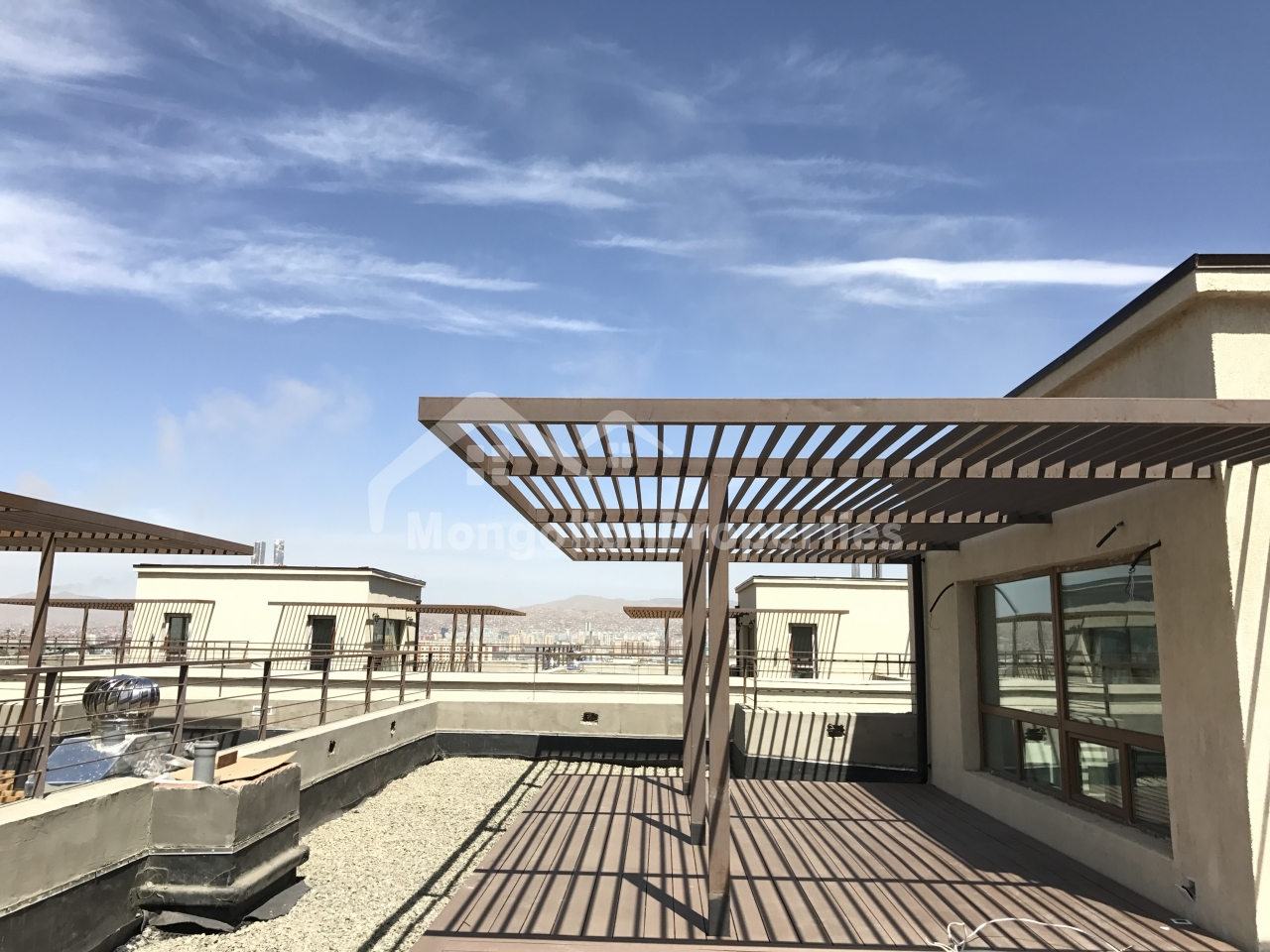 For SALE: Khiimori Luxury Townhouse, Showroom #2, B3, 258.7m2, 3br, 4bath, 2 garages