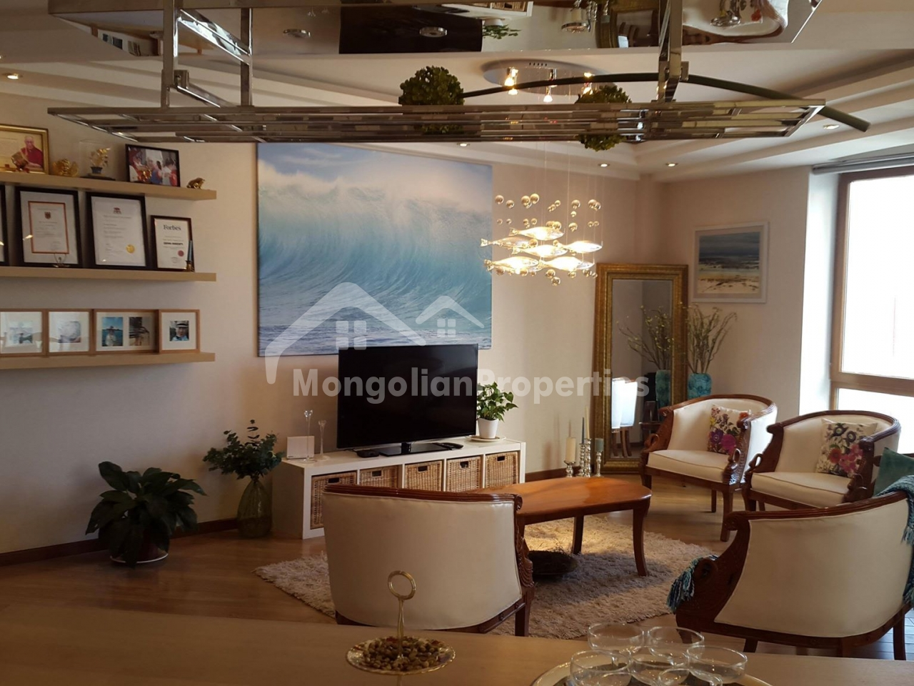 Beautiful 2 bedroom apartment is for rent next to the Main Square and Shangrila