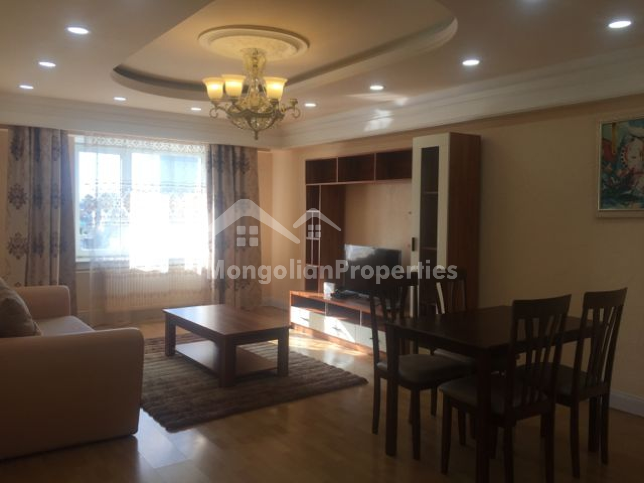 Near United Nation and Main square, cozy 2 bedroom apartment is for rent