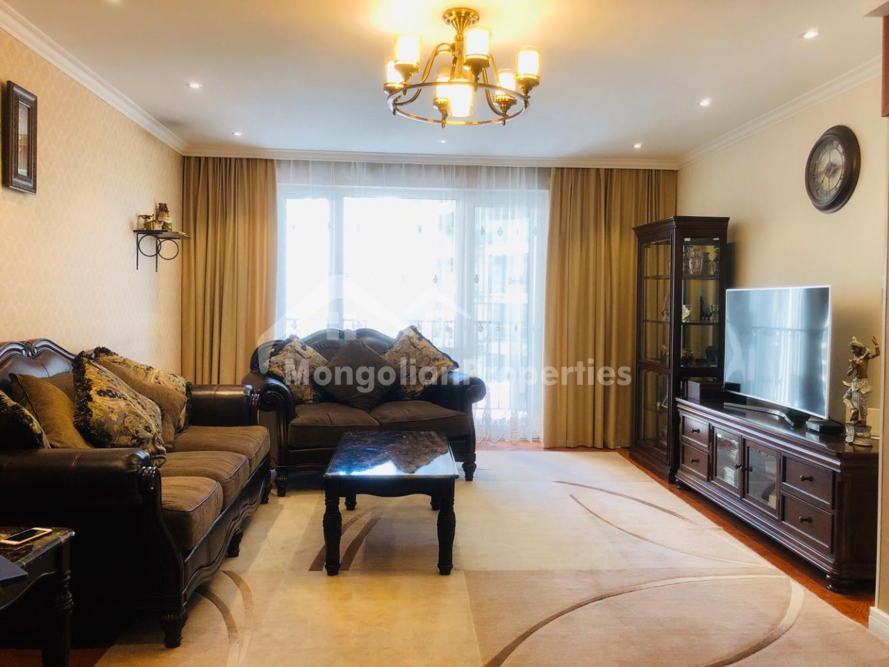 For rent: Comfy 2 bedroom apartment is for rent at Encanto tower