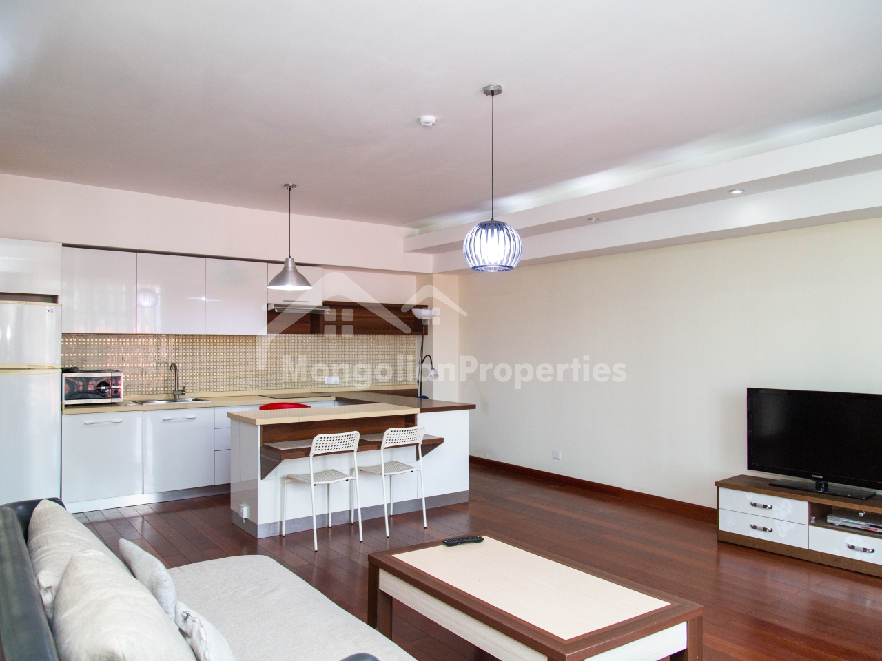 For rent: Clean 1 bedroom apartment is for rent near Shnagrila Hotel