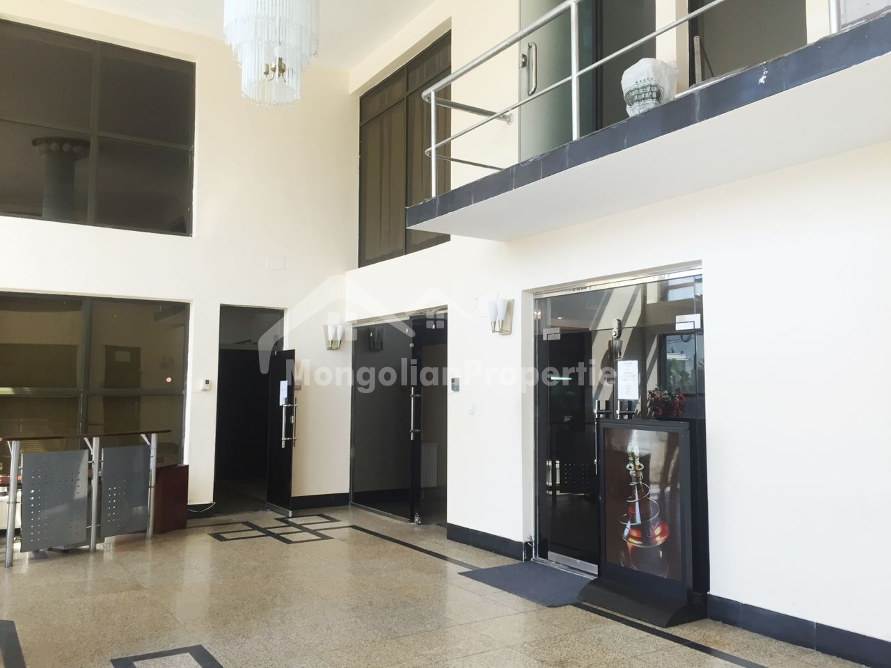 Near Main Square, Comfortable office space is for rent next to the Shangrila Mall