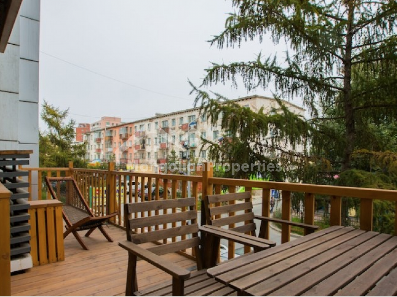 For rent : One room apartment with beautiful terrace