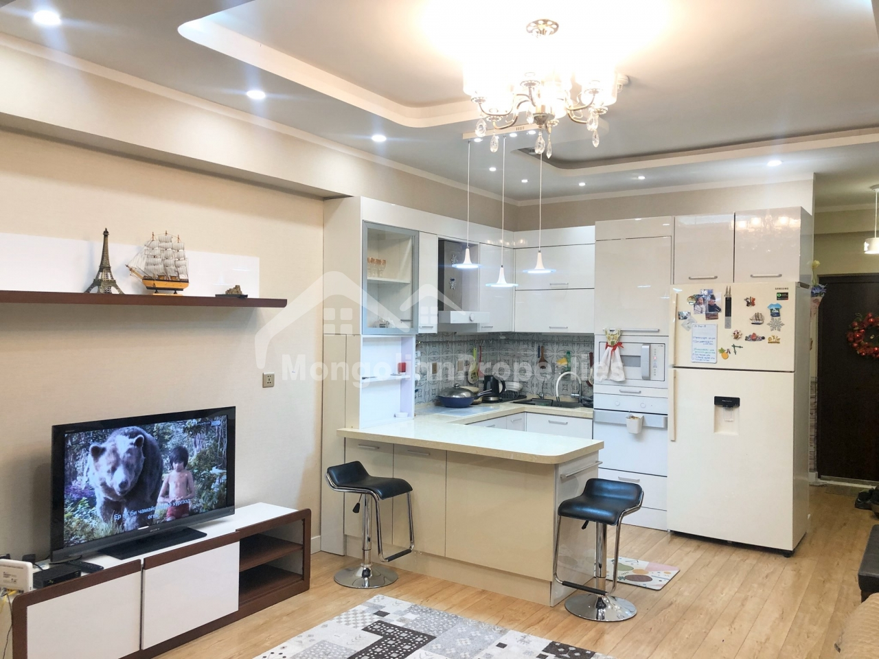 2 bedroom apartment for rent behind National Park